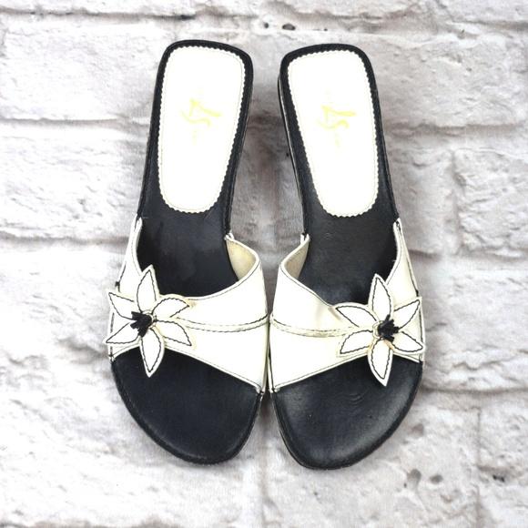 Life Stride Women's Mules Slides Sandals W…